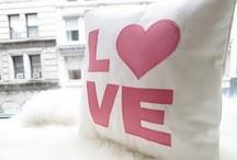 Love Pillows / Adoro almofadas, grandes, pequenas, simples ou mais elaboradas...