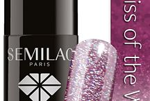 Lakiery SEMILAC / Lakier hybrydowy SEMILAC łączy w sobie właściwości żelu UV i lakieru do paznokci. Nowoczesna technologia produkcji oraz specjalnie dobrane i przygotowane pigmenty nadają mu najwyższej klasy jakość wśród produktów hybrydowych.