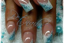 Turkosa naglar