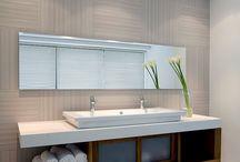 Simple/Clear bathroom