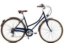 Nos Bicyclettes / Les bicyclettes neuves à la vente à la boutique au 9 de la Rue Defly à Nice.