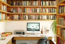 pracovní místa pod knihovnou