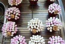 Cup cake delights / All sorts from all over