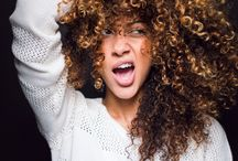 Natural curls / Need a little magic in your life? Love your natural curls and tame the frizz with Magic Oil!