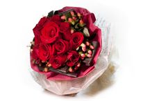 Red Roses / Browse through our voluptuous scarlet bouquet selections of beautiful red roses filled with love and romance. http://simplyhamper.com/product-category/flowers/red-roses/