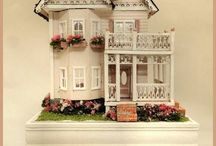 Dolls houses & Miniatures