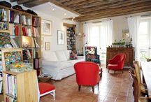 Eve Paris Modern Comfort Apartment / This apartment is in an appealing neighborhood on the edge of the Marais. The area is full of life, but at the same time quiet and peaceful.