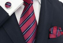 The Dipper Tie / 100% Pure Silk Woven Jacquard Hand Made Tie Set With perfectly matching cufflinks and handkerchief