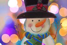 """snowman / """"Y el muñeco de nieve se acerco a la hoguera buscando calor...❤"""