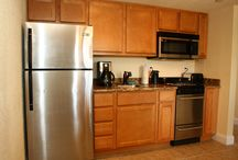 Two-Bedroom Suites / The two-bedroom suite offers a fully equipped kitchen, spacious master bedroom and a roomy guest bedroom.  • Sofa Bed • Fully equipped kitchens • Ceiling fans  • Hairdryer  • Cable televisions  • Free local calls  • Extra towels and bedding
