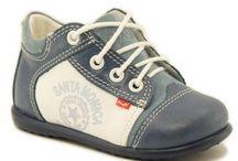 10 modeli najczęściej kupowanych bucików dla dziecka / 10 modeli najczęściej kupowanych bucików dla dziecka