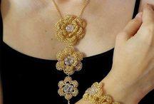 πλεκτά κοσμήματα