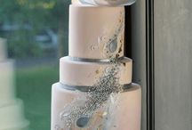 Wedding Cakes / by Alyssa Russell