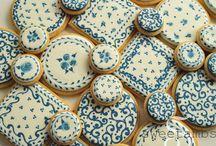 Glazed cookies