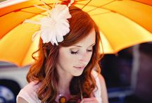 Umbrellas and Weddings / Rain doesn't have to mean you won't get good wedding photos outdoors