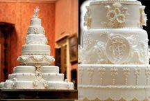 Cake to beautiful to eat!