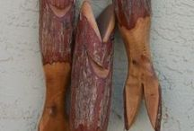 Carved fish / Wood art