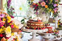 Naked Cake / Naked cakes de todos os estilos para comemorações mais descoladas, descontraídas e rústicas.