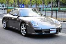 Porsche 911 Carrera ( Type 997 ) メテオグレー / 年式 2010 シフト 7速 ハンドル L 初度登録 平成21年11月 排気量 3,600cc 走行距離 91,000Km 車検期限 検2年受け渡し ミッション PDK 修復歴 なし カラー(外装) メテオグレーメタリック カラー(内装) ブラック  特別装備(オプション) シートヒーター PASM PDLS パークアシスト(リア) スポーツクロノパッケージ 自動防眩ルームミラー