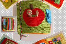 zabawki-kostki-książki