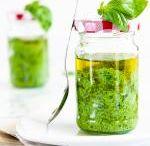 Conservare i cibi / Ricette semplici per conservare le stagioni in barattolo e gustarle quando si vuole.