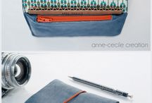maroquinerie bleue   blue leather wallet