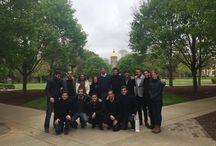 Viaje a Estados Unidos / Al finalizar el Programa, los alumnos más destacados viajan a Georgetown University (Washington DC) y University of Notre Dame (Indiana). Mediante esta experiencia, nuestros egresados tienen la oportunidad de interactuar con políticos, funcionarios y académicos de reconocimiento internacional.
