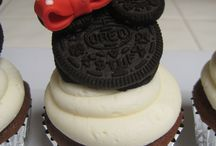 Mickey /Minnie mouse