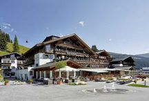 DAS ALPENWELT RESORT **** / Wellness Hotel   Salzburger Land   Österreich   Königsleiten 81   5742 Königsleiten   Tel.: +43 6564 8282   Fax: +43 6564 82827  Checken Sie ein in Ihren perfekten Urlaub voll Genuss, Entspannung & Gastfreundschaft.