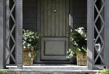 Hieno talon väri ja ristiklo