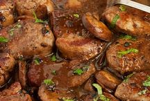 Skillet Marsala Pork Chop / Pork Chops