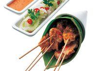 thai food / by Julie Hughes
