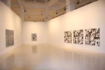 Wayne Gonzales / Se compone de diez pinturas entre las que se encuentran dos obras inéditas (Seated Crowd, 2011 y Slingshot Boy, 2011).