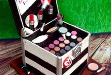 Make-up (Cosmetic) Cakes