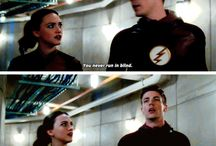 Flash/ Arrow / Supergurl