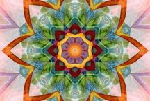 Digital art / Fractal, Mandala / by Özdemir Emin