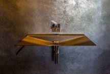 Washstands / Elegant and colorful washstands made in Italy