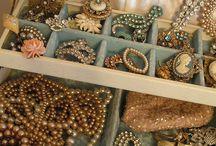 Baubles, Brooches & Beads / by Karen Carpentier