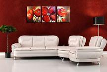 Virágok a falakon / Varázsold az örök tavasz és nyár hangulatát az otthonodba kedvenc virágoddal! Miért csak a vázában gyönyörködnél a látványában? Most számtalan virág motívummal dekorálhatod a falakat festett vászonképeken. Melyik a kedvenc motívumod?
