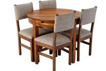Stół okrągły sosnowy w stylu ART DECO lata 60. / Stół okrągły sosnowy w stylu ART DECO lata 60, po całkowitej rewitalizacji.