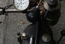 Moto / Fuel Tank