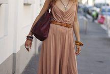 FASHION: Maxi Dress