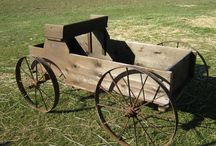 Large Rentals / Go Big or Go Home!  Tractors, Wagons, Large Props, Backdrops