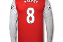 Billige Arsenal trøje / Køb Billige Arsenal trøje,Arsenal fodboldtrøjer,Arsenal hjemmebanetrøje,udebanetrøje,3. trøje udsalg med navn.
