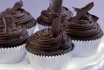 Cupcakes / by Gigi Adams