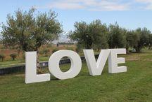 Letras gigantes para bodas de porexpan / Letras gigantes para bodas y eventos en porexpam. www.letrasydecoracion.es #letrasparaeventos #letrasconbombillas #letrasparabodas #inicialesparabodas