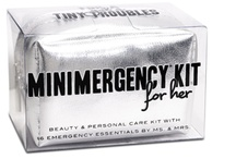 Emergency Kits for on the go / by Belinda Huddleston Bullion