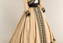 Victorian styles with ideas to make on mine / Dress styles, color combinations, dress details, etc
