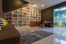Ruang Studi/Kantor / Temukan inspirasi desain ruang studi/kerja ideal anda dalam berbagai gaya, untuk waktu produktif keluarga anda di rumah.