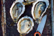 L'huître Ostra Regal, authentique / L'huître gastronomique Ostra Regal est servie sur les meilleurs tables.   Age : 36 mois Goût : sucré, noisette, iodé Taux de chair : 15 à 17%